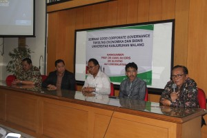 4. Seminar Good Corporate Governance dengan Pembicara Prof. Kamil Idris dari Universitas Utara Malaysia